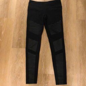 Alo Yoga Leggings Size Medium
